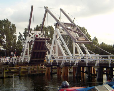 Holzklappbrücke
