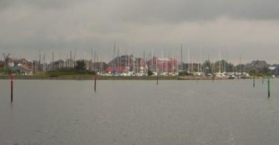 Fahrrinne nach Lemkenhafen
