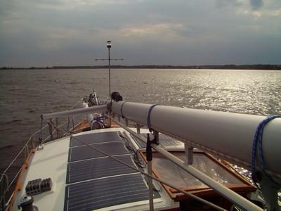 Aufbruch - Mast gelegt auf Deck