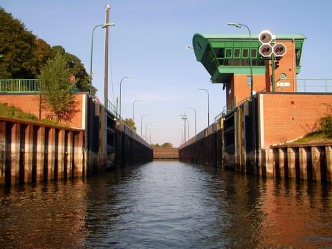 Elbe-Lübeck-Kanal Schleuse Lauenburg