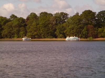 ankernde Boote am großen Pälitzsee