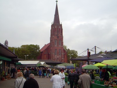 Liepaja - Markt und St. Anna Kirche