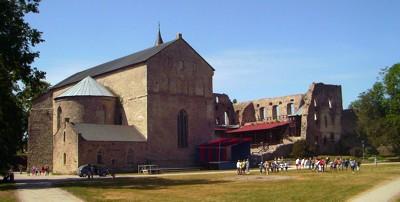 Kirchenhalle