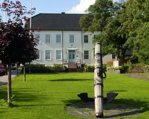 Rathaus - Lillesand