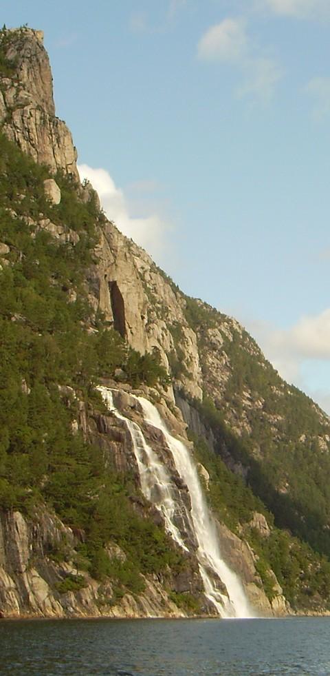 Wasserfall im Lysefjord