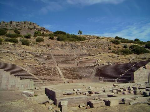 Theater Assos