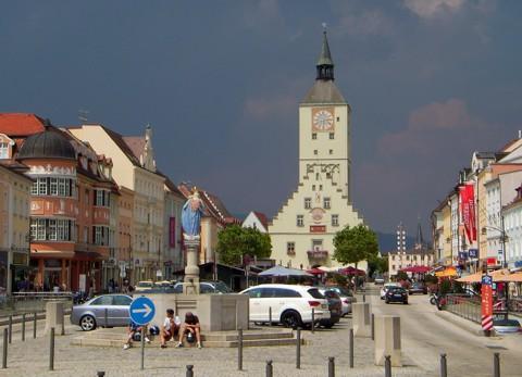 Deggendorf Luitpoldplatz u Altes Rathaus
