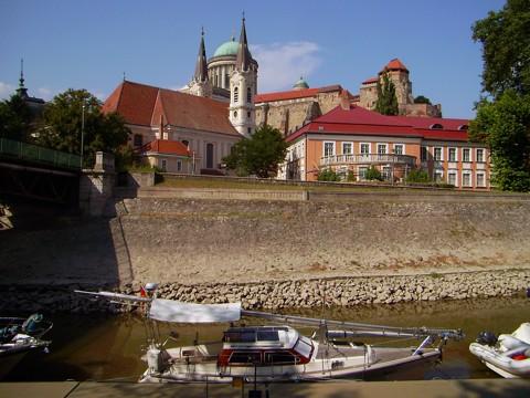 Hafen Esztergom