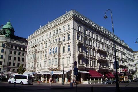 Hotel und Cafe Sacher in Wien