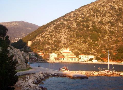 Hafen Phrikes