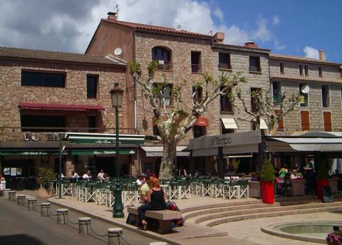 Platz der Republik - Porto Vecchio (Korsika)