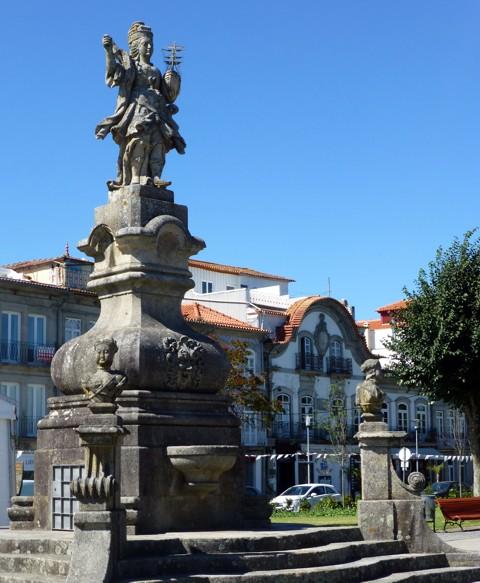 Viana do Castelo - Viana Statue