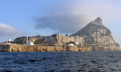 Europa-Point Gibraltar mit Ibrahim-al-Ibrahim-Moschee