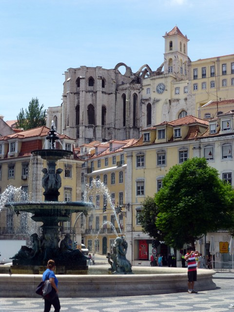 Lissabon - Igreja do Carmo