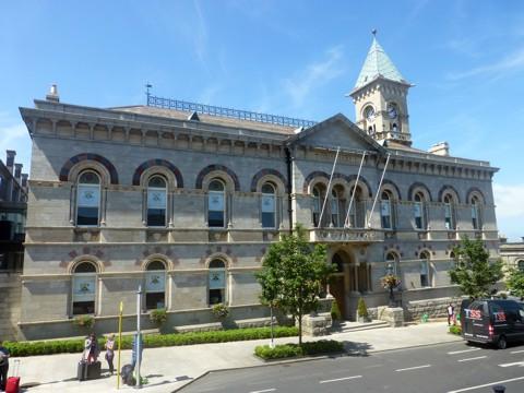 Dun Laoghaire - Rathaus