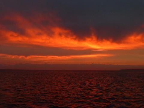 Sonnenaufgang bei Warnemünde