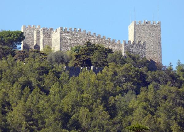 Burg - Sesimbra