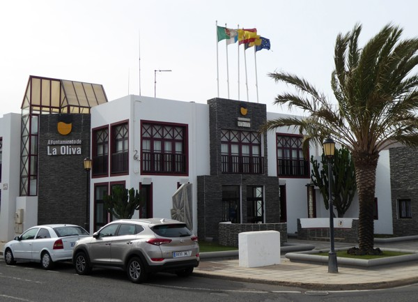 Rathaus - La Oliva