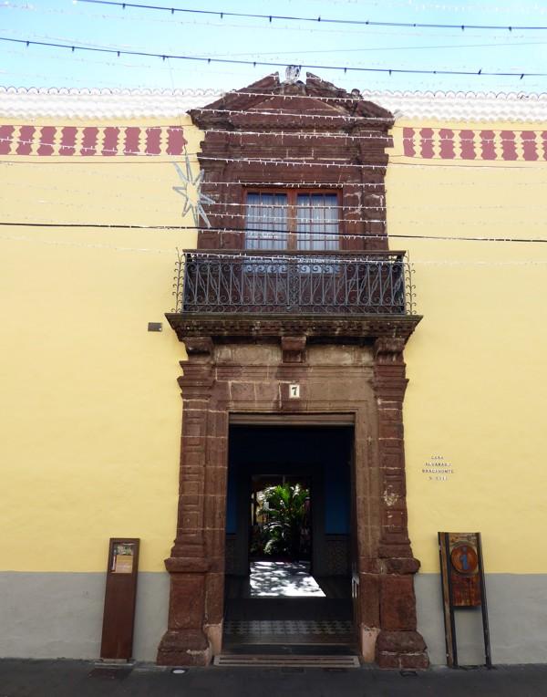 Casa Alvarado Bracamonte
