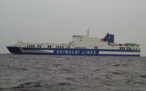 Fähre Eurocargo Genova