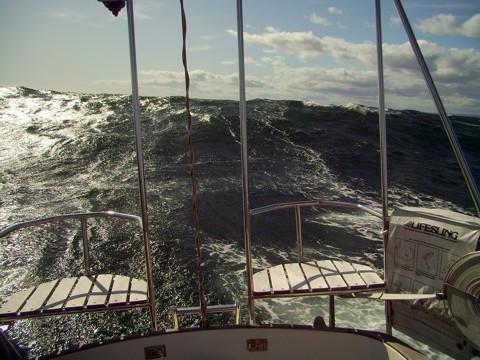 Segeln in Norwegen - Tongji Wellen